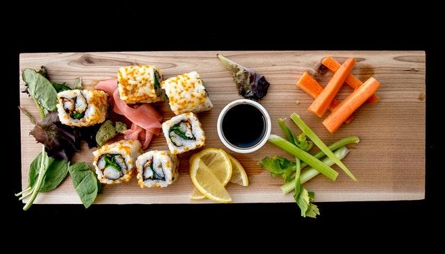 Wskazówki jak przygotować sushi w domu