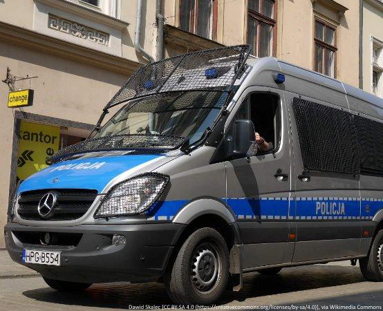 Policja Olkusz: Wyciągnij pomocną dłoń! Nie bądź obojętny! Reaguj!